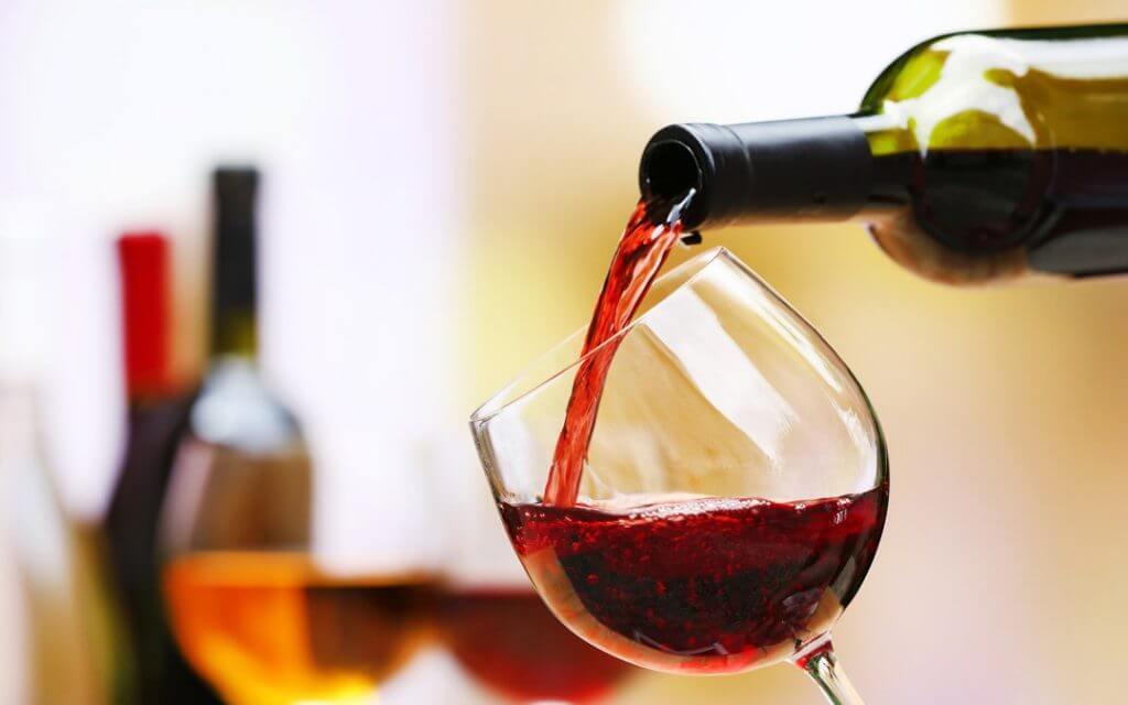 Resultado de imagem para Afinal, por que existe preconceito com vinhos suaves?